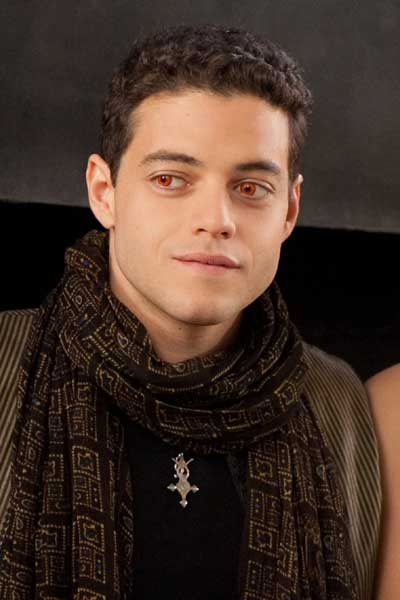 Rami Malek watching last Twilight right now!