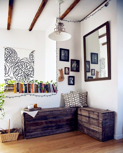 bench made out of old wooden pallet: Decor, Interior, Pallet Projects, Wood, Pallet Benches, Pallet Ideas, Serving Trays, Pallets, Diy