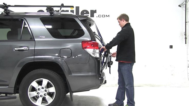 Review of the Thule Gateway Trunk Mount Bike Rack on a 2012 Toyota 4Runner - etrailer.com