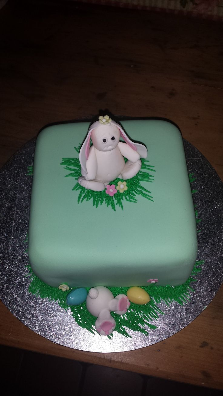 2nd easter cake 2014
