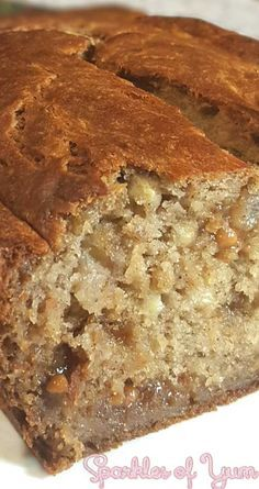 Pumpkin spices along with caramel gooey goodness, in a super simple banana bread…
