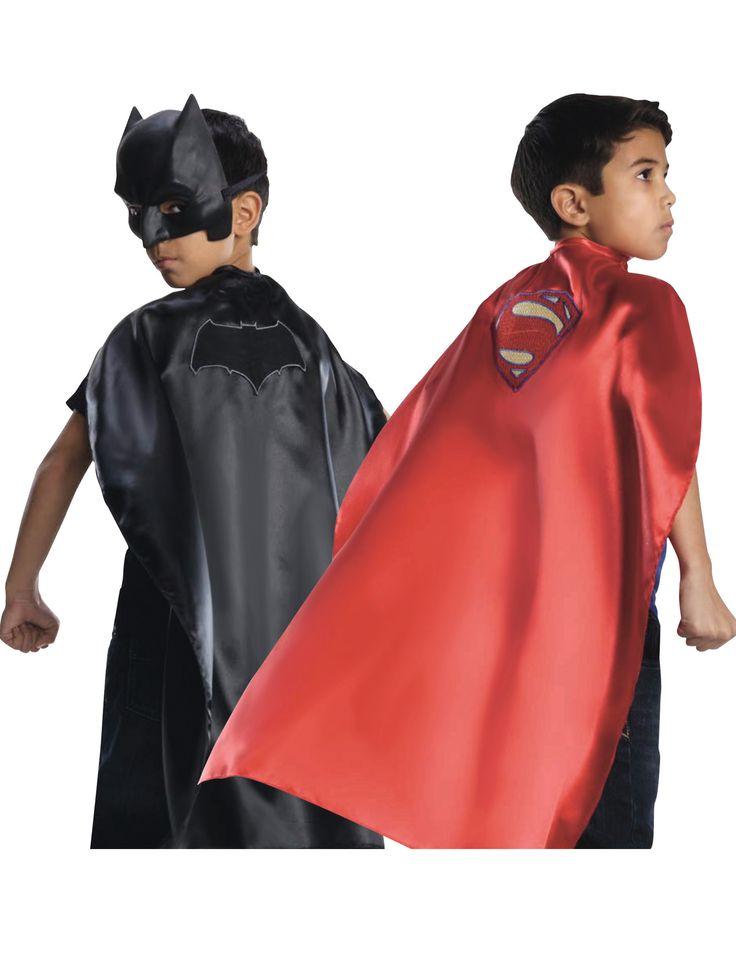 Voor de gaafste Superman thema kleding en Batman carnavalskleding gaat u naar Vegaoo.nl voor alle superhelden feestartikelen tegen de laagste prijs!