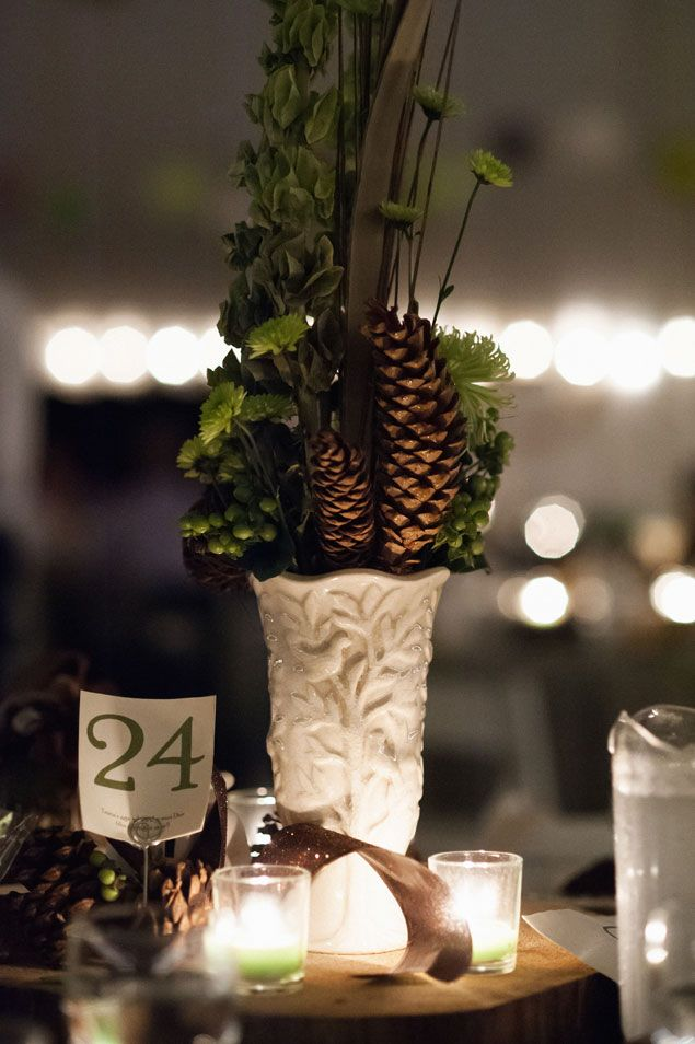 17 best images about pinecone centerpieces on pinterest for Pinecone centerpieces