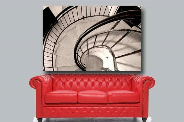 Originele en betaalbare wanddecoratie voor uw woning, bedrijf, kantoor of winkel kan natuurlijk geen lege muren hebben. Heeft U al jaren dezelfde canvas hangen Een goed moment om naar iets nieuws te kijken.  http://www.werkaandemuur.nl/nl/beeldmaker/Agnes-Meijer/13931