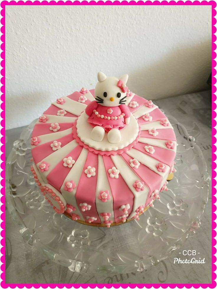 Hello kitty cake in 2020 hello kitty cake cat cake