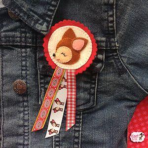 Hertjes zijn en blijven leuk! Het patroon om deze broche en een leuke haarspeld te maken is van Keet&Co #linknaarpatroontjes