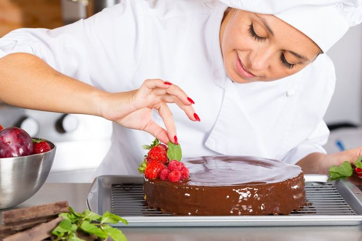 Pastry chef | 11 jobs for people who are good with their hands | MNN - Mother Nature Network