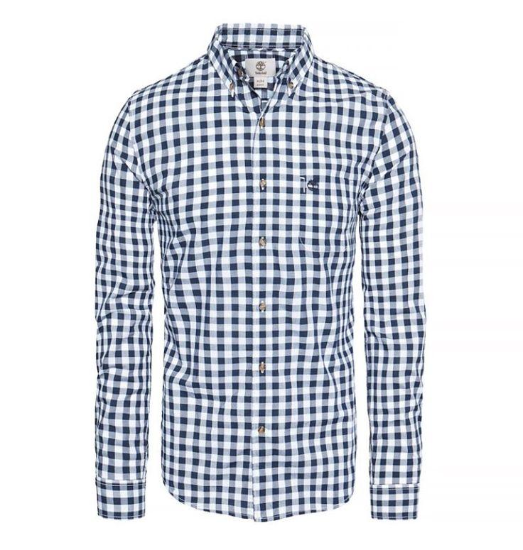 Réf : A1JJP  Dans un look années 50, cette Chemise pour Homme Timberland LS Suncook River Washed Gingham Shirt est fabriquée dans un tissu popeline en coton et possèdent des carreaux. Le logo de la marque est cousu sur le torse et les boutons sont en imitation nacre. Cette chemise possède aussi un col boutonné très tendance.  Coupe: Slim