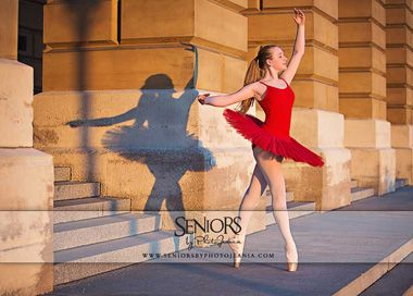 Dance Senior Pictures Iowa. Inspired Dance Senior Picture Ideas Seniors By Photojeania Des Moines, IA www.seniorsbyphotojeania.com #seniorsbyphotojeania #seniorpictureideas #danceseniorpictures