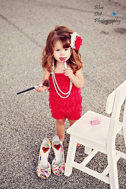 Photography / Cute idea for a photo shoot!!! (baby,girl,makeup,funny)