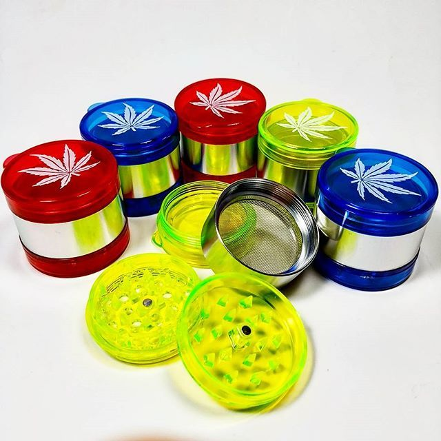 #weed #wax #vape #vaporizer #pipe #bong #cannabiscup #cannabis#nightsmoke#smoker#waterpipe#hemp#420#marijuana#dankreup#710#thc#Joint#水タバコ#パイプ #ボング #ベポライザー#タバコ#水パイプ#ガラスパイプ#埼玉#越谷 #ヴェポライザー#ヘッドショップ    #Regram via @kusukusu2014)