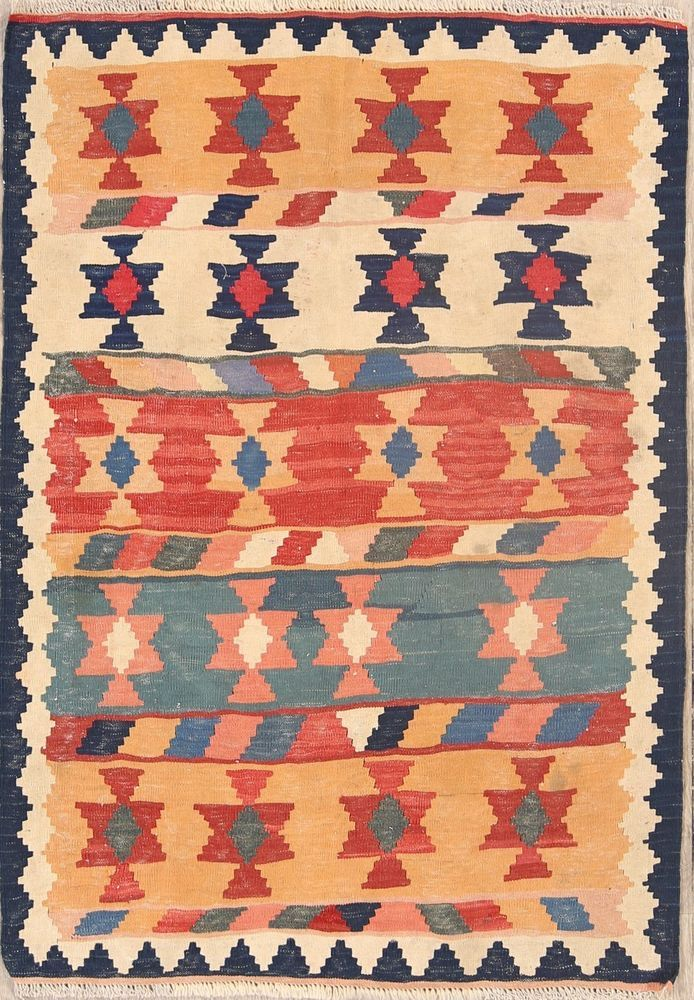 Style Kilim Rug Source Carries Over 6 000 Rugs From India