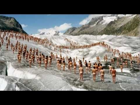 """Video by Bayerische Staatsoper (Bavarian State Opera), announcing the """"Ring"""" Spencer Tunick event in München, June 2012."""