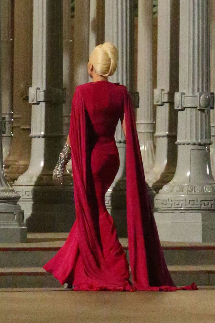 Lady GaGa as The Countess on the set of AHS Hotel - Aug. 2015