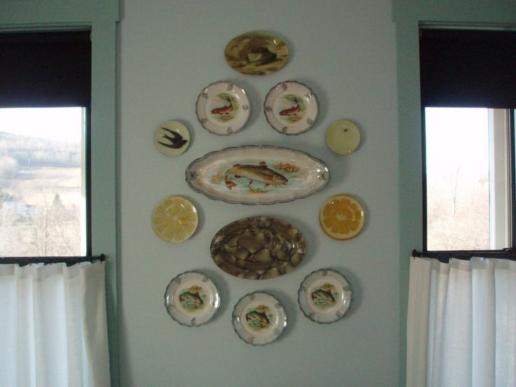146 best wall and plate displays images on pinterest home and for the home - Decorative Wall Plates
