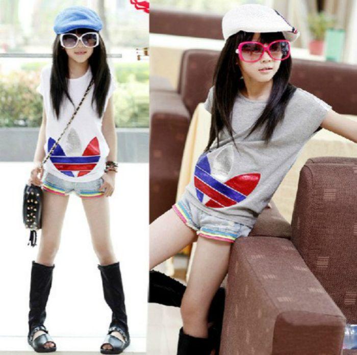 $14.99 (Buy here: https://alitems.com/g/1e8d114494ebda23ff8b16525dc3e8/?i=5&ulp=https%3A%2F%2Fwww.aliexpress.com%2Fitem%2FRetail-Teenage-Girls-Fashion-Top-2015-Summer-Short-Sleeve-Casual-T-shirts-Family-T-shirts-for%2F1994966387.html ) Retail Teenage Girls Fashion Top 2016 Summer Short Sleeve Casual T-shirts Family T-shirts for Mother and Kids Girls White Gray for just $14.99