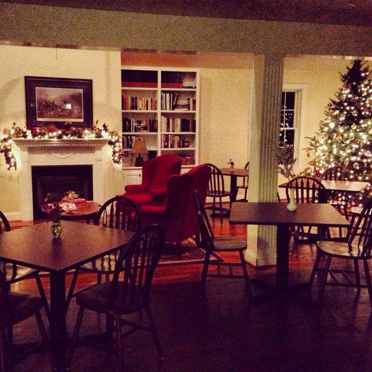 Happy Holidays from our breakfast table to yours!   The Hay Barn Gathering Room at the Inn at Whitewing Farm: http://www.innatwhitewingfarm.com/rooms.html