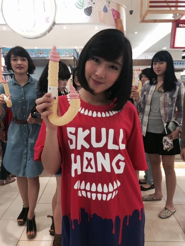 Kinal, Sonia, Dhike, Shania JKT48 (left to right).