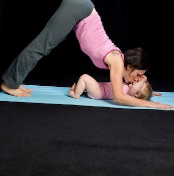 Postnatal Practice: 5 Yoga Poses for Mommies and babies from @Hope Zvara Back on your mat with your baby.