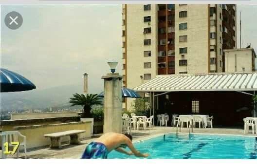 Piscina Hotel Aristi - Años 80s
