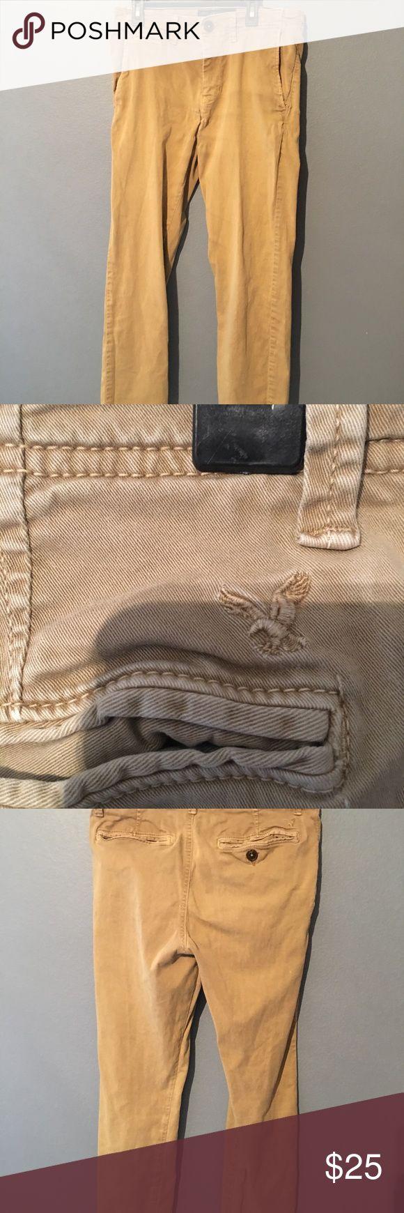 American Eagle men's Skinny Khaki pants Men's American eagle skinny khaki pants American Eagle Outfitters Pants Chinos & Khakis