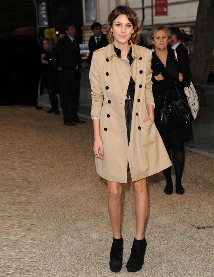 Ezisa Kairos | style | Burberry trench, Celebrity style ...