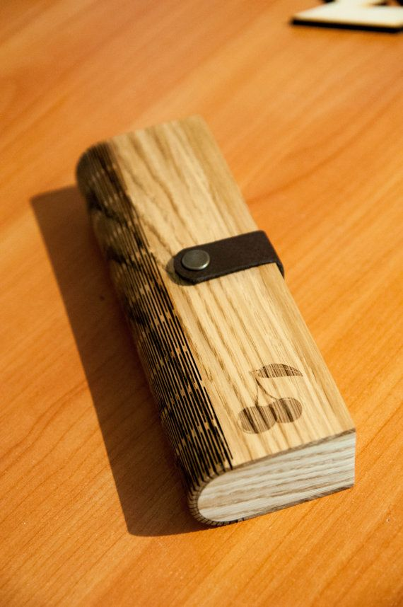 Wooden Pencil Box (oak) + Individual engraving design
