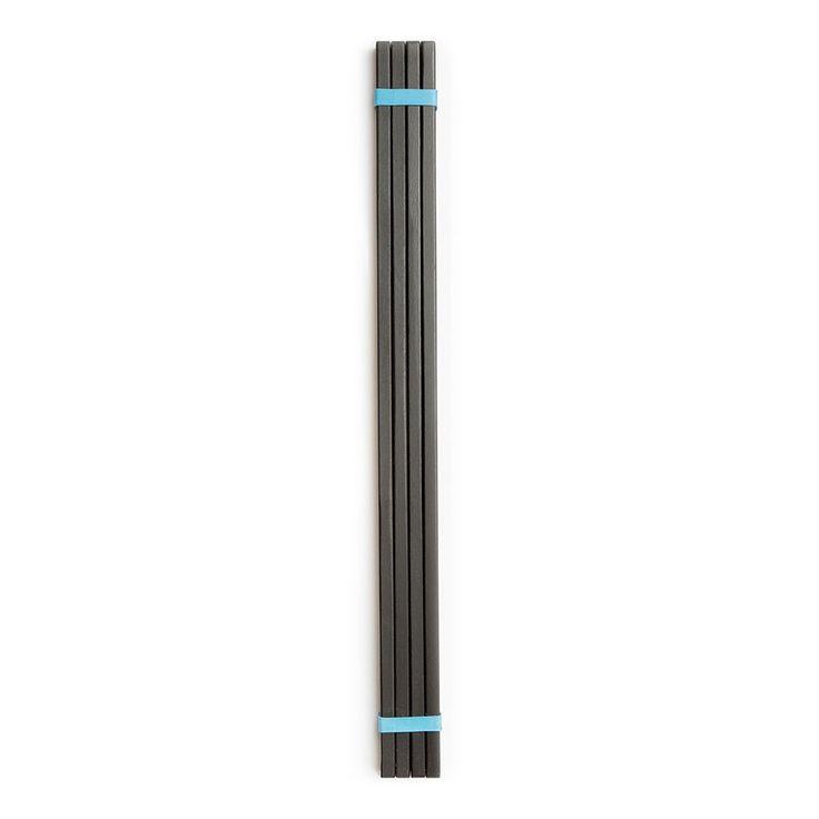 Sticks frame i svart från Länna möbler