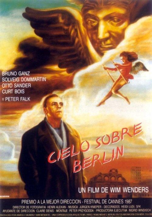 """CINE(EDU)-313. El cielo sobre Berlín (1987) Alemaña. Dir: Wim Wenders. Drama. 2 anxos gardiáns sobrevoan Berlín, dividida polo """"muro da vergoña"""". Os anxos están alí, sen poder cambiar o curso das cousas. Son invisibles, aínda que non para os nenos e para os simples de corazón. Son testemuñas da historia e dos acontecementos da cidade ata que a un deles, decidido a sentir as sensacións dos mortais, se namora e sacrifica a súa inmortalidade…"""