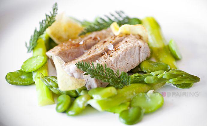 Double Enghien blonde - veal - hay - asparagus - fava beans