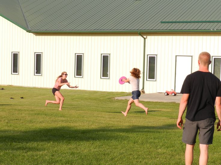 Ultimate frisbee for The Scene night!