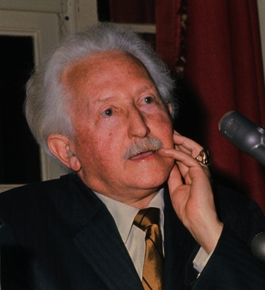 Erik Erikson, psychologist and psychoanalyst known for his human social development theories, was a Montessori student and trained as a Montessori teacher.