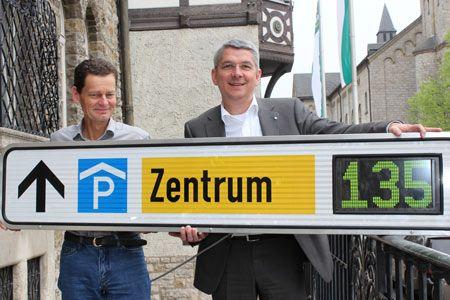 Bergisch Gladbach: Das Parkleitsystem kommt: Acht Parkeinrichtungen, dreißig Anzeigetafeln