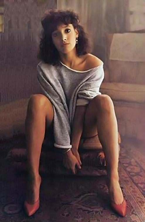 Jennifer Beals Photos From Flashdance | Jennifer Beals who played Alex from the film Flashdance