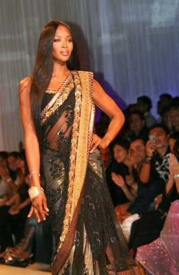 Naomi Campbell in Sabyasachi Mukerjee sari
