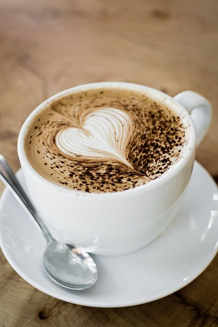 I heart caffe mocha... my favourite drink. :) #chocolate + #coffee (+ pretty design) !