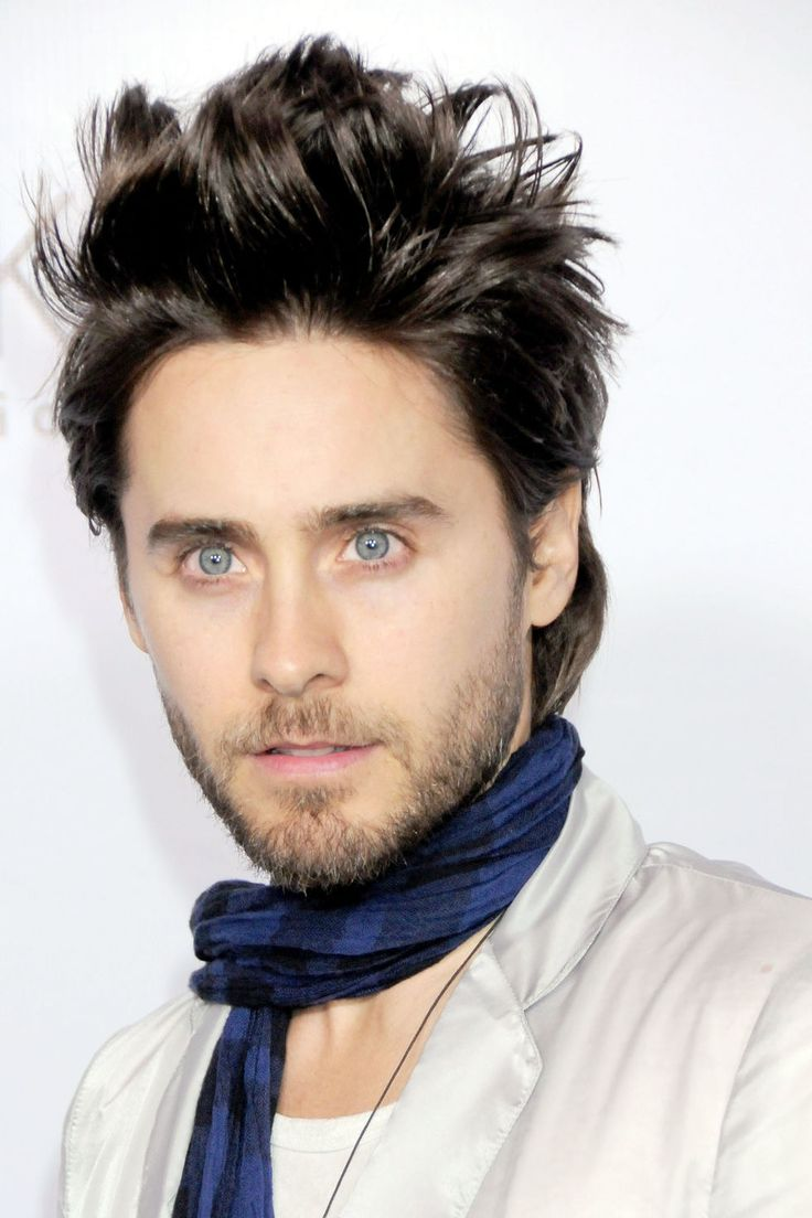 Jared Leto. Cute with long hair, cute with short hair, cute with a beard. I think I fancy him a bit