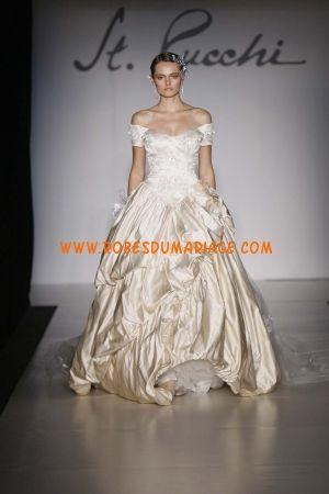 St. Pucchi robe champagne 2012 avec traîne au drapé robe de mariée satin