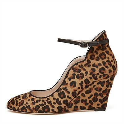 Parisienne Wedge #mimcomuse Every women needs to walk on the wild side with a some leopard in their wardrobe.