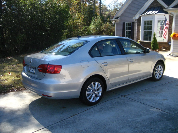 2011 Volkswagon Jetta - my current ride/Love this Car