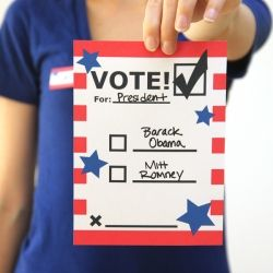 "Free printable voting ballots and ""I voted!"" badges for kids that can be used long after the election!"