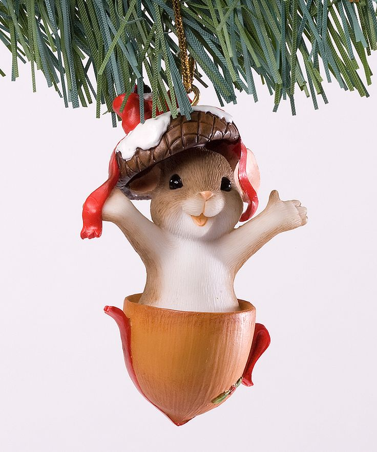 this reminds me of an #ornament i had as a kid. except it was bunnies. and it was from hallmark