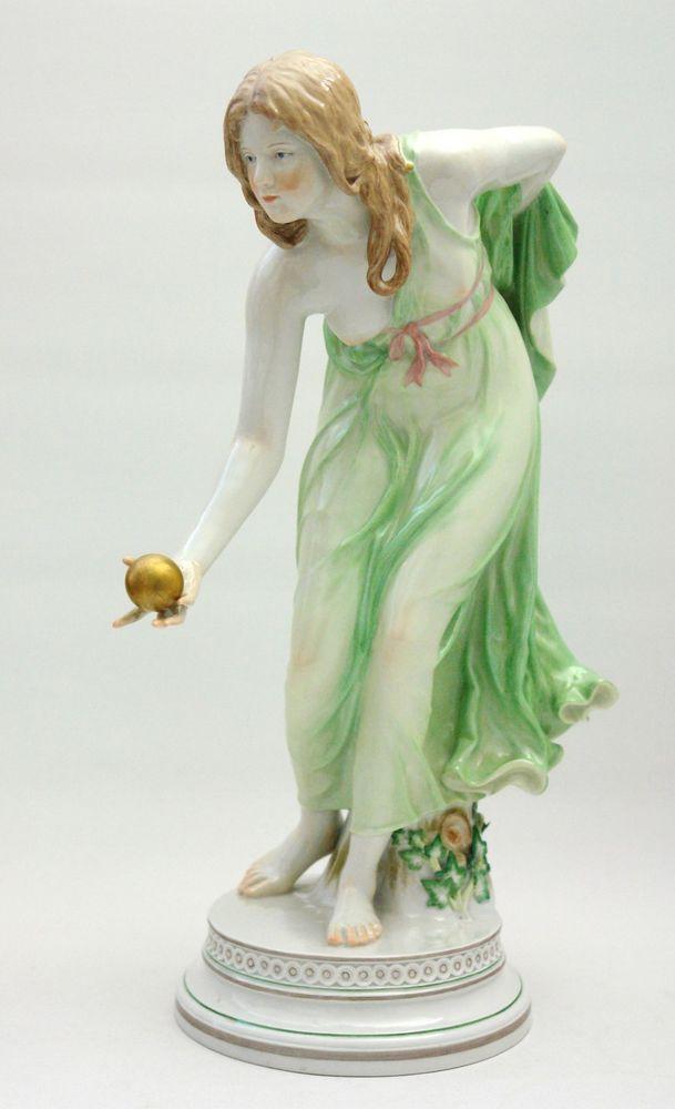 Meissen Figur Kugelspielerin grünes Gewand 1.Wahl in Antiquitäten & Kunst, Porzellan & Keramik, Porzellan | eBay!