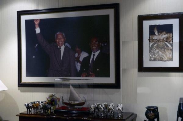 Exposición en Sudáfrica recuerda cuando Nelson Mandela fue enviado a prisión. Visite nuestra página y sea parte de nuestra conversación: http://www.namnewsnetwork.org/v3/spanish/index.php