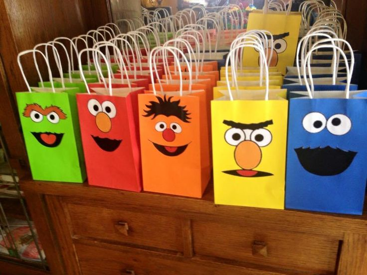 Sesame Street Party Favor Bags/ Birthday Party Supplies/Bags/ Goody/ Fiesta/ Goodie/ Treat/ Loot/ Gift/  Favors/ Candy/ by PrettyPrincessCloset on Etsy