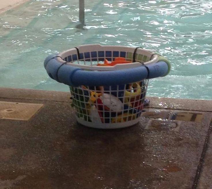 Elle coupe un petit bout d'une nouille de piscine! Cette astuce de sécurité peut aider tout le monde! - Trucs et Astuces - Trucs et Bricolages