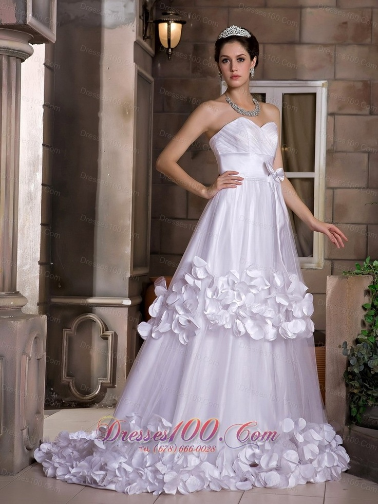 Elegant The Bridal Salon at Corrine Weddings in Glastonbury Connecticut provides individual service and will help you find the wedding dress of your dreams