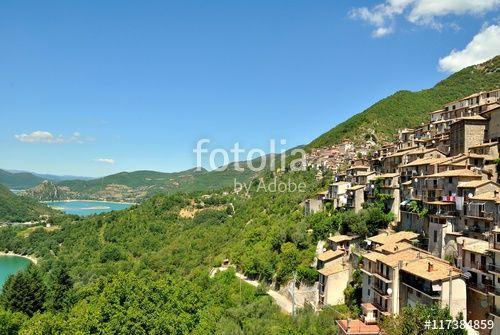 Paganico Sabino e Ascrea - Veduta del Lago del Turano - Chieti - Lazio - Italia