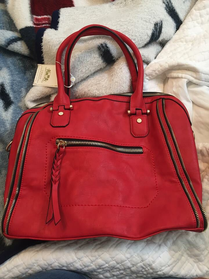 Dear Stitch Fix stylist, I don't often beg, but right now I am on my knees pleading for you to please send the Urban Expressions Structured Satchel in RED with my next fix. It will look so stunning with my black and white houndstooth coat! xoxo, Maria