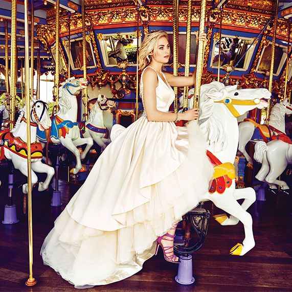 Best 25+ Disney Wedding Gowns Ideas On Pinterest
